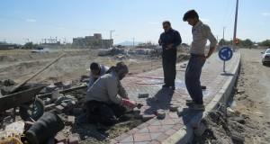 بازدید دکتر خسروی از پروژه در حال ساخت میدان ورودی شهر دولت آباد